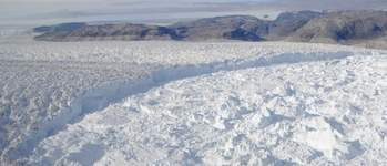 Seismometers detect small icebergs produced by Greenland's glaciers